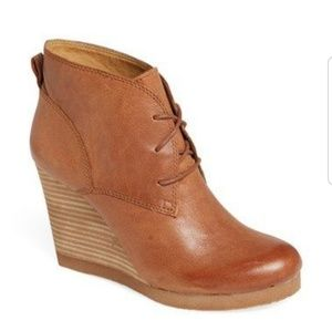 🧡Lucky Brand Taheeti Lace Up Wedge Booties🧡